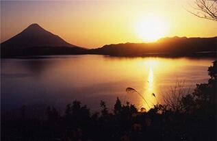 秋の池田湖